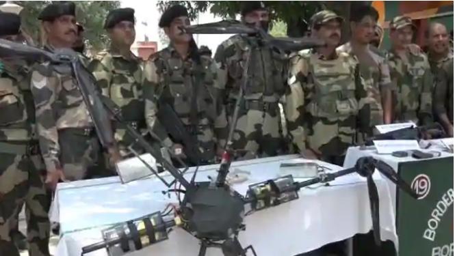 Photo of ਪਾਕਿਸਤਾਨੀ ਡਰੋਨ ਨਾਲ ਵੱਡੀ ਘਟਨਾ ਨੂੰ ਅੰਜ਼ਾਮ ਦੇਣ ਦੀ ਹੋ ਰਹੀ ਸੀ ਕੋਸ਼ਿਸ਼ : BSF ਆਈਜੀ